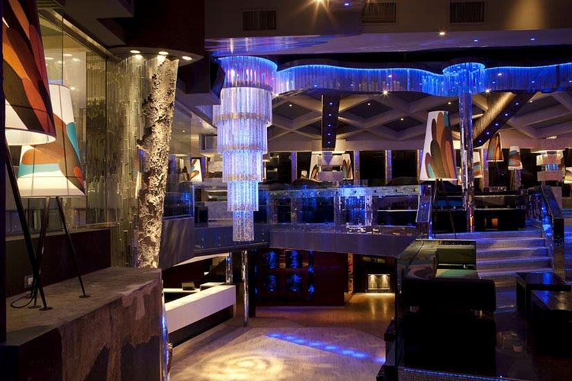 Disco Club LIDO'– Interior Design: 1) volumi 2) le forme 3) le decorazioni